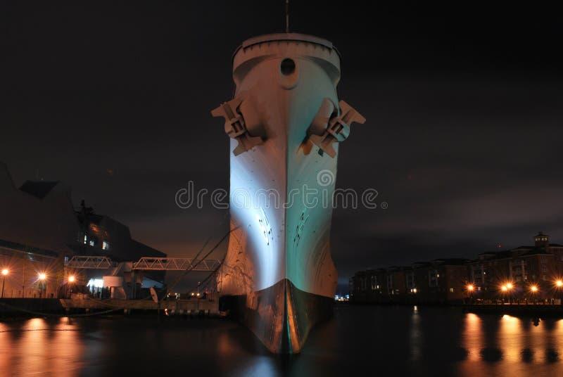 Το USS Ουισκόνσιν στον τελικό λιμένα του στοκ εικόνα με δικαίωμα ελεύθερης χρήσης