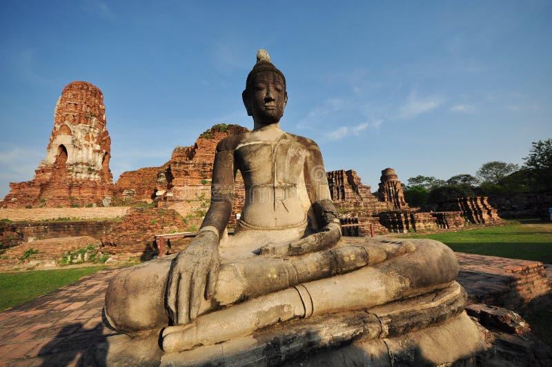 Το Wat Mahathat, Ayutthayaείναι ένα από το ιστορικό πάρκοναών inAyutthaya στοκ φωτογραφία