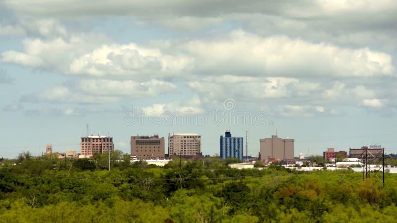 Το Wichita πέφτει μέτριος στο κέντρο της πόλης ορίζοντας πόλεων του Τέξας απόθεμα βίντεο