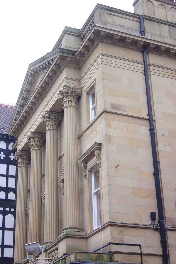 τράπεζα που χτίζει το Τσέστερ ιστορικό στοκ εικόνες