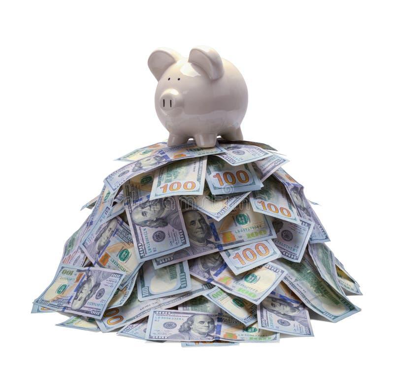 Τράπεζα Piggy στο σωρό χρημάτων στοκ εικόνες με δικαίωμα ελεύθερης χρήσης