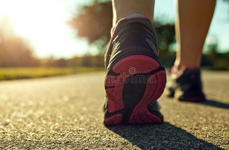 Τρέξιμο γυναικών στοκ εικόνα με δικαίωμα ελεύθερης χρήσης