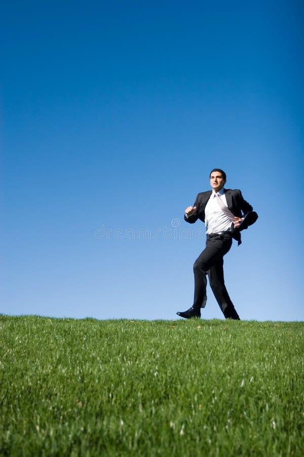 τρέξιμο επιχειρηματιών στοκ εικόνες με δικαίωμα ελεύθερης χρήσης