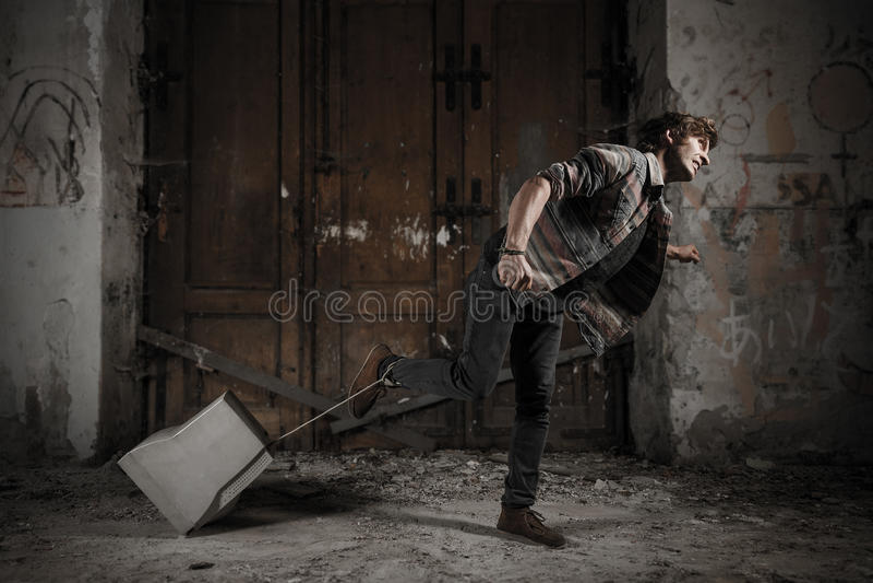 Τρέξιμο με έναν δεσμό στοκ φωτογραφία με δικαίωμα ελεύθερης χρήσης