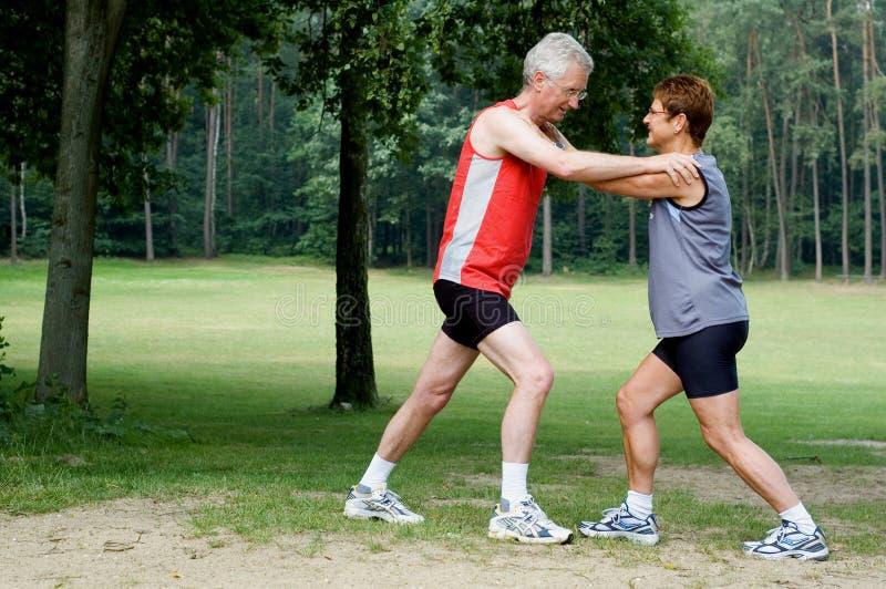 τρέξιμο 2 ασκήσεων στοκ εικόνες