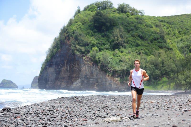 Τρέχοντας κατάρτιση ατόμων αθλητών ιχνών για την ικανότητα στοκ εικόνα με δικαίωμα ελεύθερης χρήσης