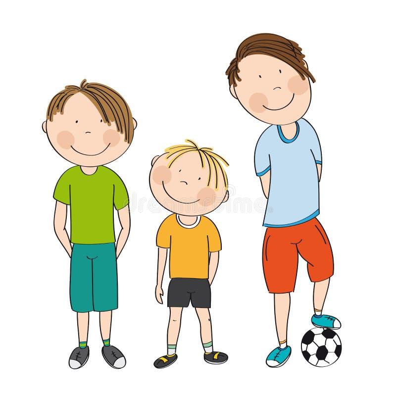 Τρία αγόρια με τη σφαίρα, έτοιμη να παίξει το ποδόσφαιρο/το ποδόσφαιρο - αρχικά ελεύθερη απεικόνιση δικαιώματος