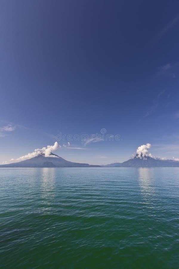 Τρία ηφαίστεια στοκ εικόνα με δικαίωμα ελεύθερης χρήσης