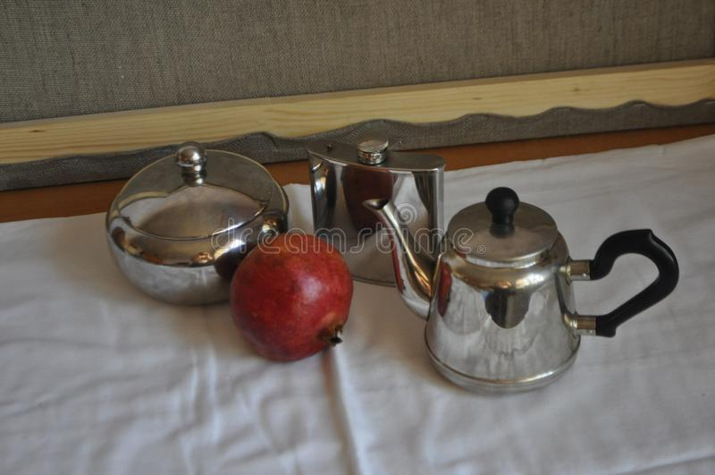 Τρία στοιχεία και φρούτα στοκ φωτογραφία με δικαίωμα ελεύθερης χρήσης