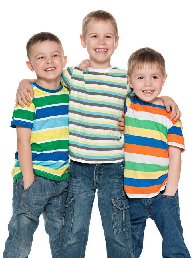 Τρία χαριτωμένα αγόρια μόδας από κοινού στοκ φωτογραφίες με δικαίωμα ελεύθερης χρήσης