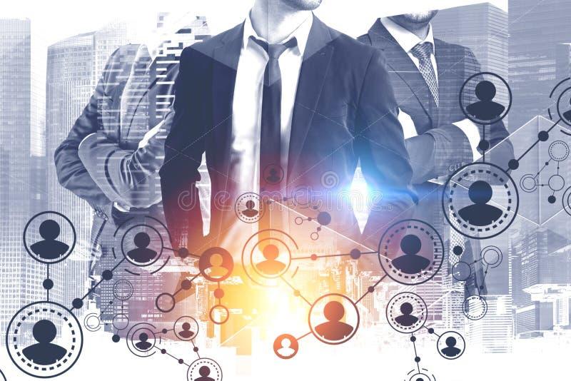 Τρίο επιχειρηματιών στην πόλη, δίκτυο ανθρώπων απεικόνιση αποθεμάτων