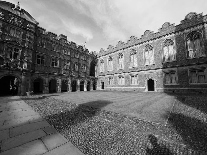 Τρίτο δικαστήριο κολλεγίου του ST John στο Καίμπριτζ σε γραπτό στοκ φωτογραφία με δικαίωμα ελεύθερης χρήσης
