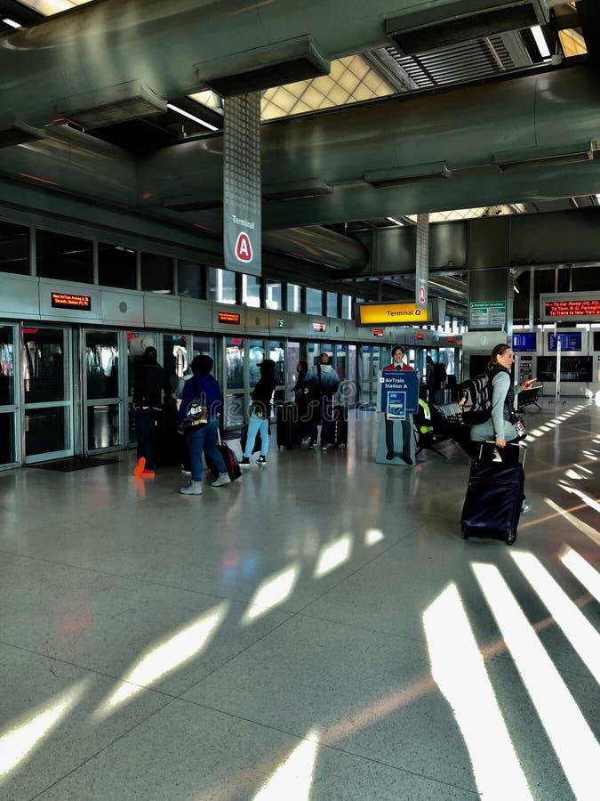 Τραίνο αέρα αερολιμένων του Newark στοκ εικόνες με δικαίωμα ελεύθερης χρήσης