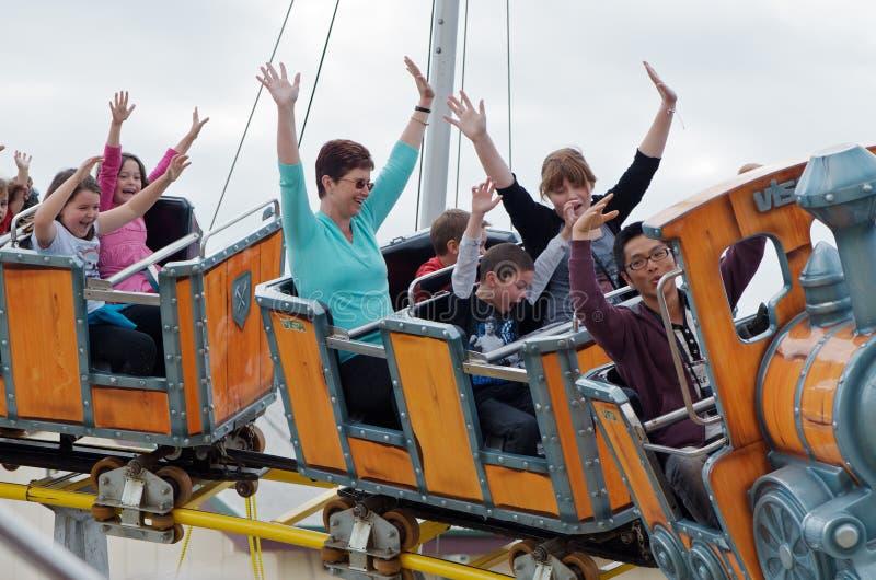τραίνο γύρου διασκέδαση&sigm στοκ εικόνες