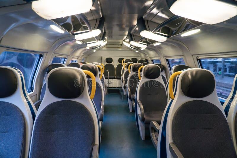 Τραίνο διόροφων λεωφορείων στοκ εικόνα