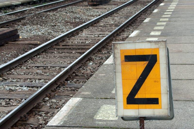 τραίνο σταθμών στοκ εικόνα με δικαίωμα ελεύθερης χρήσης