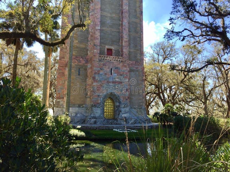 Τραγουδώντας πύργος στοκ εικόνα