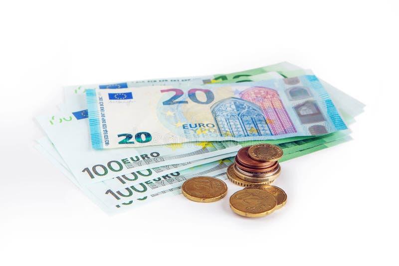 Τραπεζογραμμάτια 20 και 100 ευρώ σε ένα απομονωμένο λευκό υπόβαθρο Αποταμίευση Το νόμισμα της Ευρωπαϊκής Ένωσης στοκ φωτογραφίες με δικαίωμα ελεύθερης χρήσης