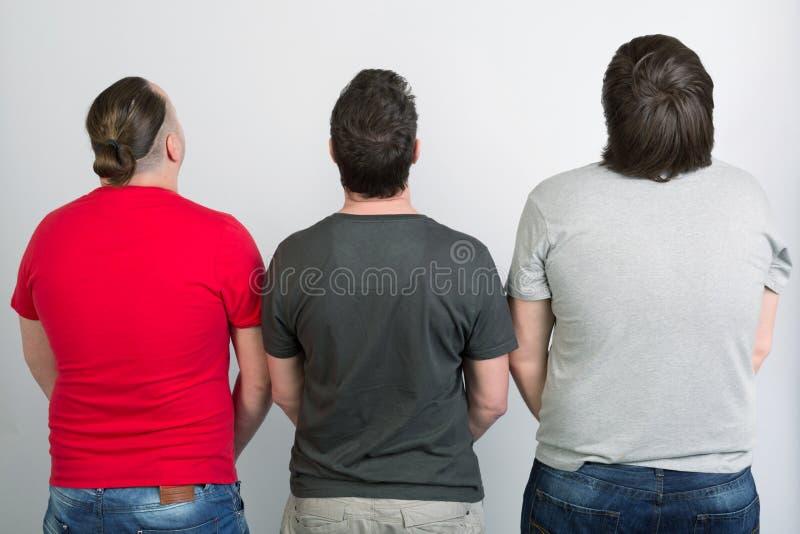 Τρεις ομοφυλόφιλοι είναι πίσω στοκ εικόνες με δικαίωμα ελεύθερης χρήσης