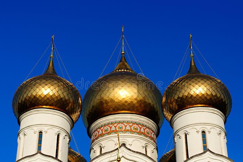 Τρεις ρωσικοί ορθόδοξοι θόλοι στοκ εικόνα με δικαίωμα ελεύθερης χρήσης