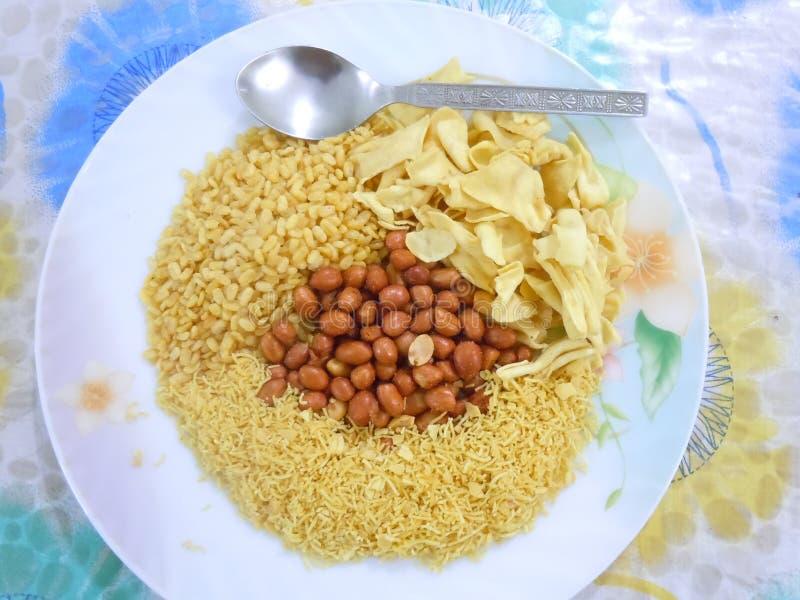 Τριζάτα αλατισμένα πρόχειρα φαγητά για κάθε εραστή τροφίμων στοκ φωτογραφίες με δικαίωμα ελεύθερης χρήσης