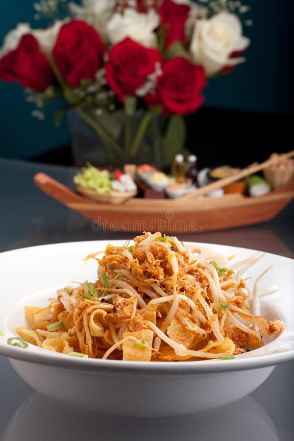 τριζάτη noodle τροφίμων σαλάτα Τα στοκ φωτογραφίες