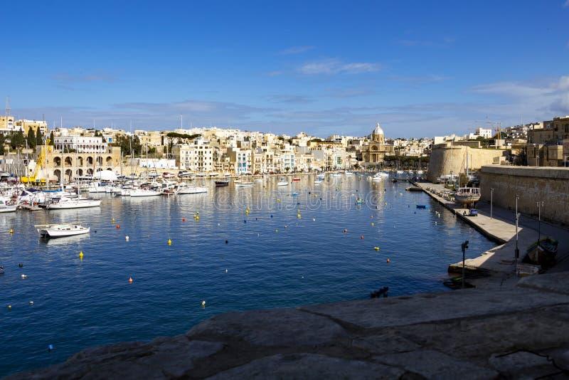 Τρομερή άποψη του κολπίσκου Kalkara όπως βλέπει από Birgu, Μάλτα στοκ φωτογραφία με δικαίωμα ελεύθερης χρήσης