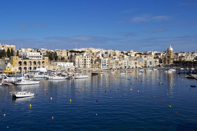 Τρομερή άποψη του κολπίσκου Kalkara όπως βλέπει από Birgu, Μάλτα στοκ φωτογραφίες με δικαίωμα ελεύθερης χρήσης