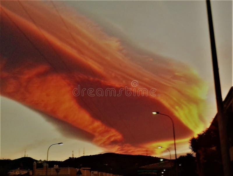 Τρομερός ουρανός μετεωριτών στοκ εικόνες
