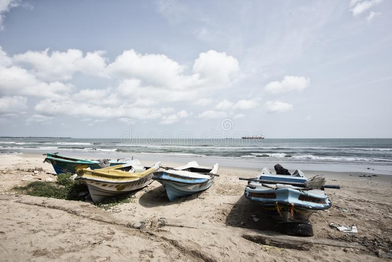 Τροπική παραλία στη Σρι Λάνκα κοντά στο trincomalee στοκ φωτογραφίες με δικαίωμα ελεύθερης χρήσης