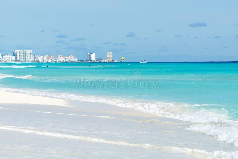 Τροπική παραλία παραδείσου σε Cancun, Μεξικό στοκ εικόνα