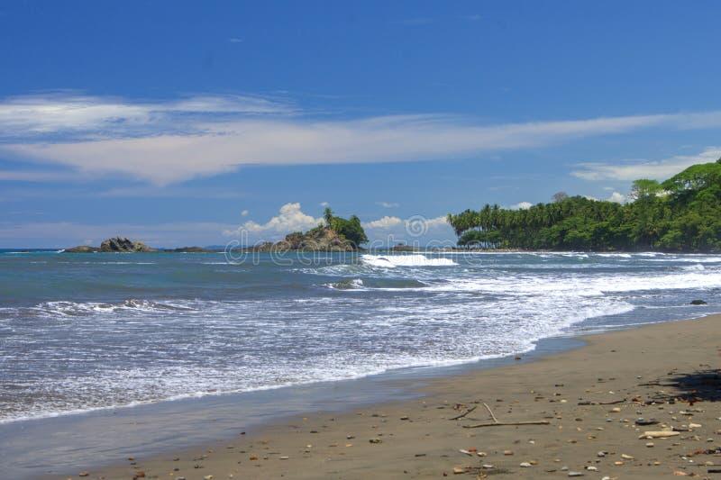 Τροπικό τοπίο από την κυριακή παραλία, Κόστα Ρίκα στοκ εικόνες με δικαίωμα ελεύθερης χρήσης