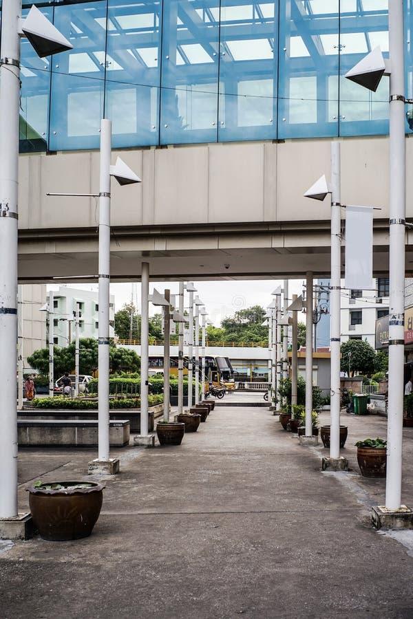 Τρόπος ή πορεία ως εκλεκτής ποιότητας ύφος οικοδόμησης υποβάθρου στοκ φωτογραφία με δικαίωμα ελεύθερης χρήσης