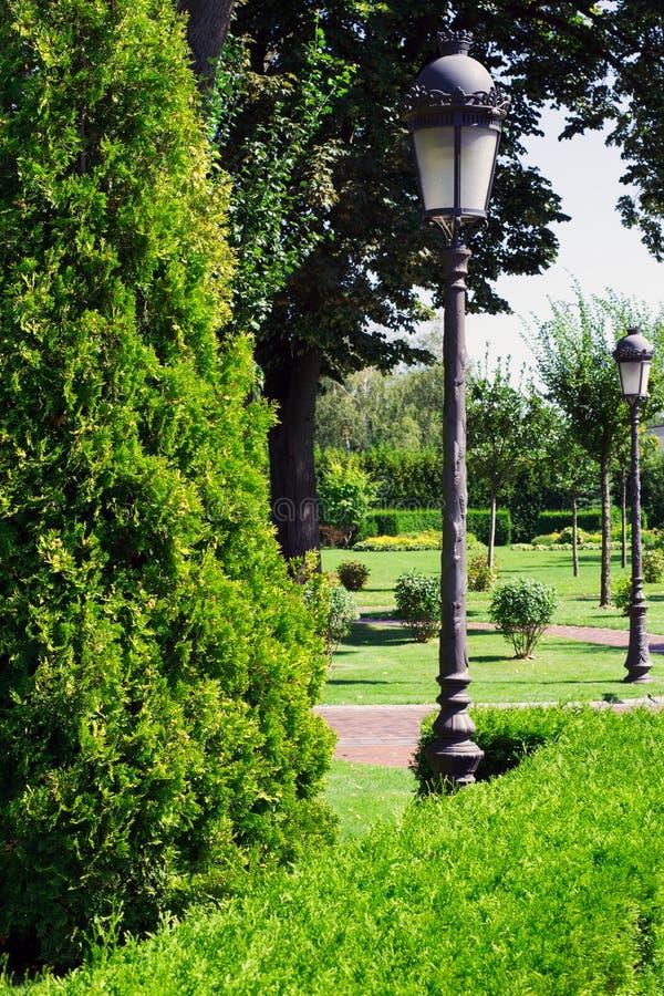 τρόπος πάρκων πόλεων στοκ φωτογραφίες με δικαίωμα ελεύθερης χρήσης