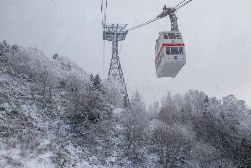 Τρόπος σχοινιών αντικνήμιο-Hotaka στο χειμώνα στοκ φωτογραφία με δικαίωμα ελεύθερης χρήσης