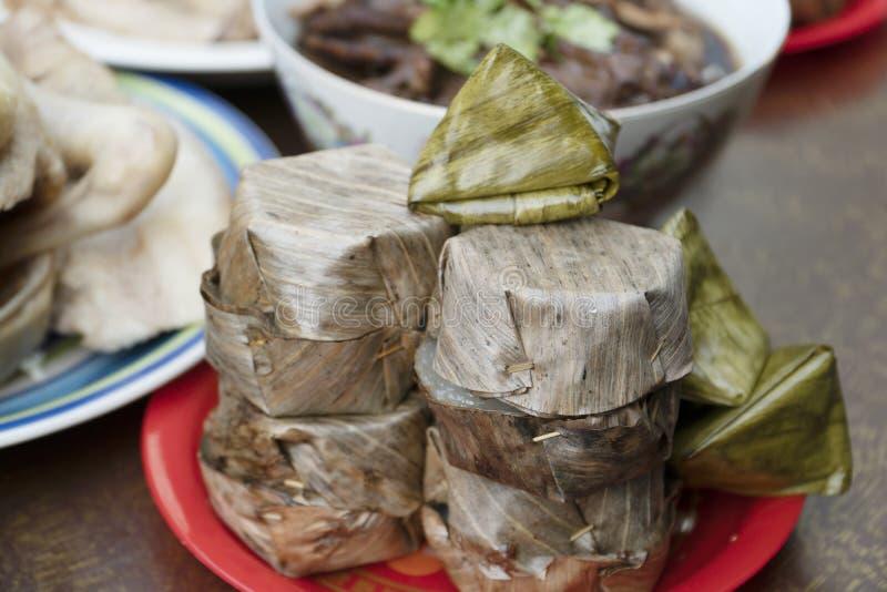 Τρόφιμα για να υποβάλει τα σέβη στο κινεζικό νέο έτος στοκ εικόνες με δικαίωμα ελεύθερης χρήσης
