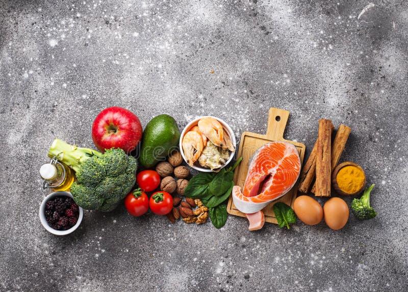 Τρόφιμα για τον εγκέφαλο και την καλή μνήμη στοκ εικόνες