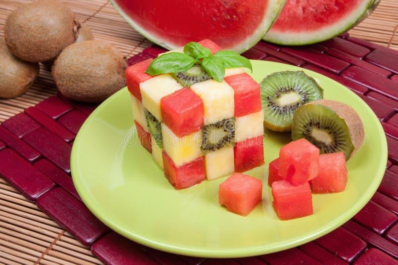 Τρόφιμα διασκέδασης Κύβος φρούτων στοκ φωτογραφία