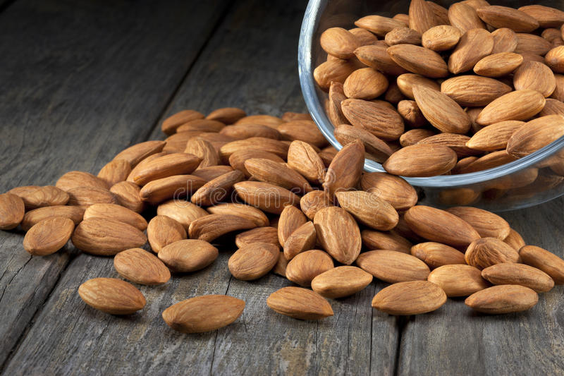 Τρόφιμα καρυδιών αμυγδάλων αμυγδάλων στοκ φωτογραφία με δικαίωμα ελεύθερης χρήσης