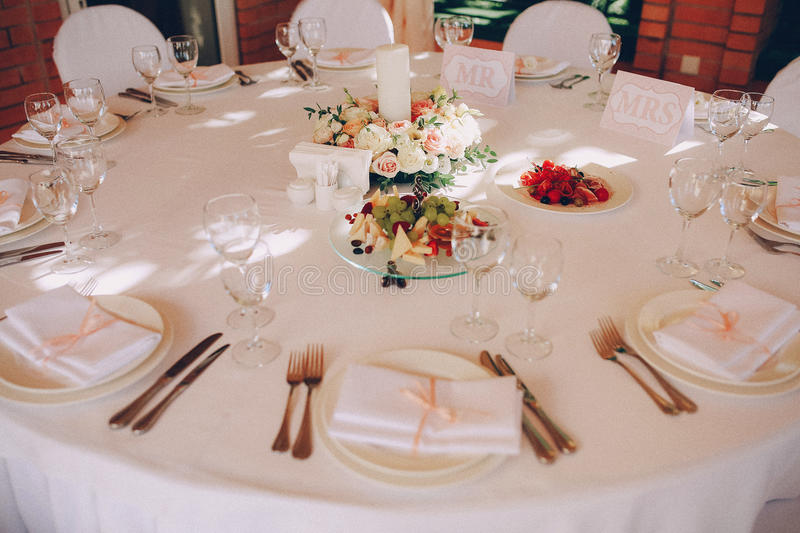 Τρόφιμα ντεκόρ δεξίωσης γάμου στοκ φωτογραφία