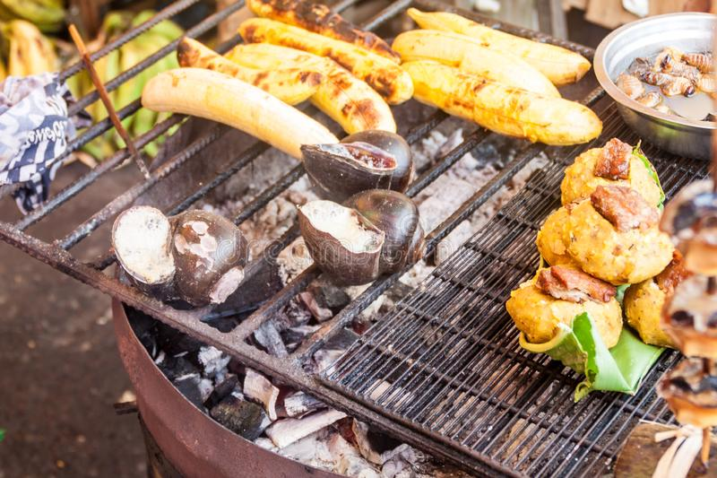 Τρόφιμα οδών σε Iquitos, ανά στοκ εικόνες με δικαίωμα ελεύθερης χρήσης