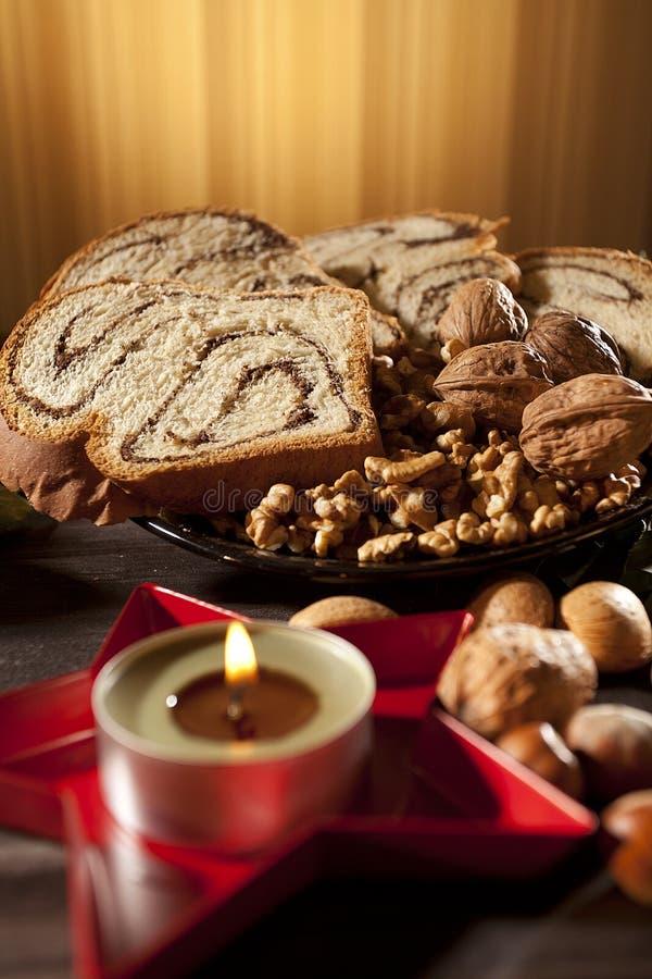 Τρόφιμα που διακοσμούν τον πίνακα Χριστουγέννων στοκ φωτογραφία με δικαίωμα ελεύθερης χρήσης