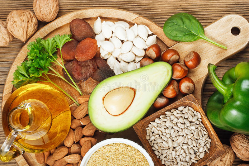 Τρόφιμα πλούσια σε βιταμίνη Ε στοκ φωτογραφία