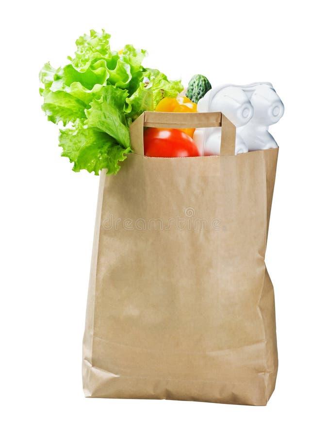 Τρόφιμα σε μια τσάντα εγγράφου που απομονώνεται στοκ φωτογραφίες με δικαίωμα ελεύθερης χρήσης
