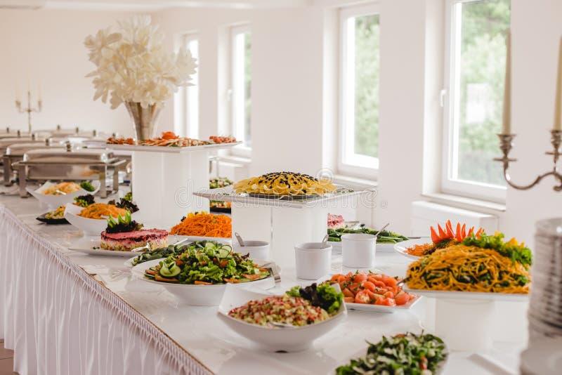 Τρόφιμα τομέα εστιάσεως για το γάμο στοκ φωτογραφία με δικαίωμα ελεύθερης χρήσης