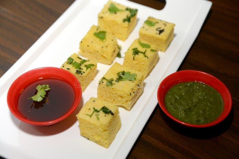 Τρόφιμα Dhokla, ινδικά περιφερειακά τρόφιμα Gujarati στοκ φωτογραφίες με δικαίωμα ελεύθερης χρήσης