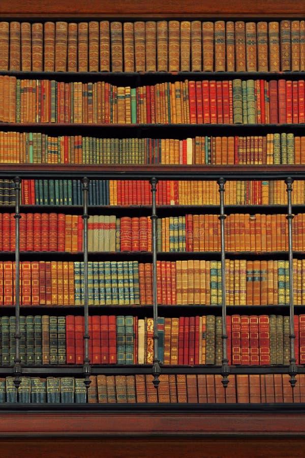 τρύγος βιβλιοθηκών πολι& στοκ φωτογραφίες