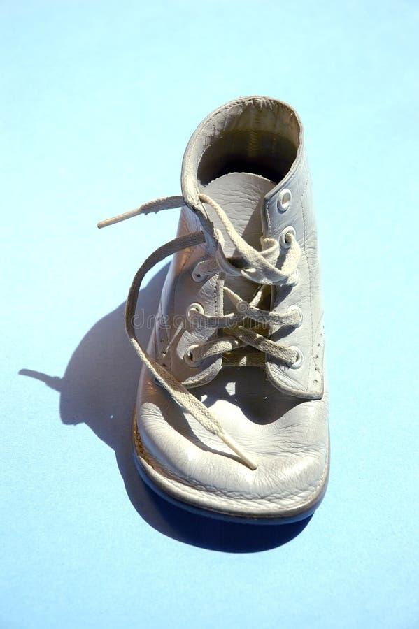 τρύγος παπουτσιών μωρών στοκ εικόνα