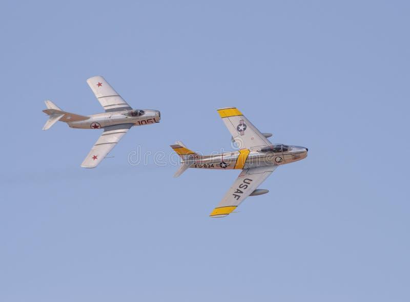 Τρύγος mig-15 και φ-86F Sabre στοκ εικόνες