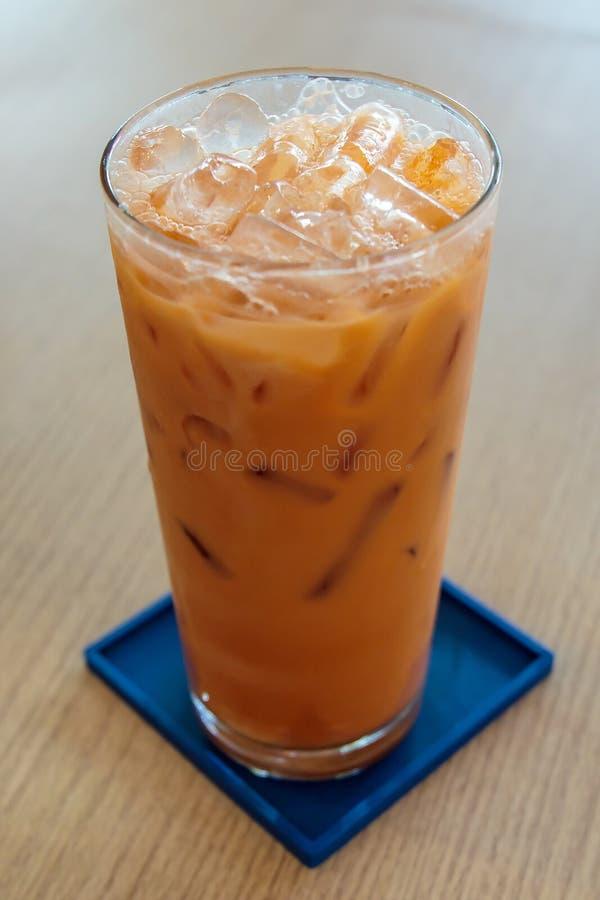 Τσάι γάλακτος με το ταϊλανδικό ύφος τροφίμων πάγου στοκ εικόνες